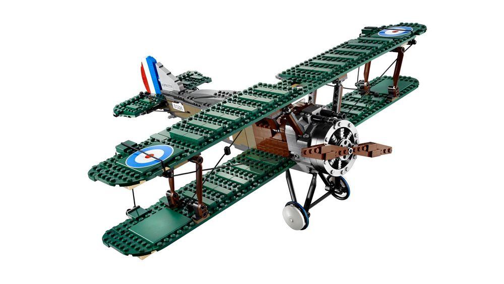 Det legendariske Sopwith Camel fra første verdenskrig rekonstruert som Lego.