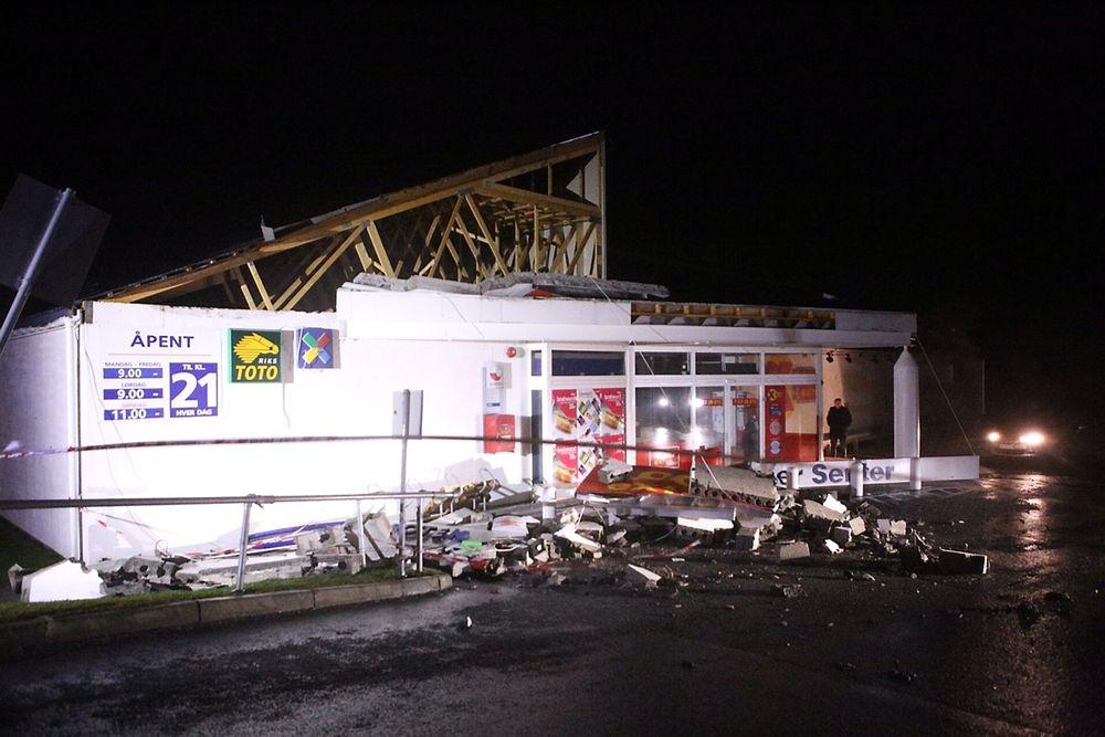 Vikhammersenteret i Malvik fikk store skader av ekstremværet «Ivar».