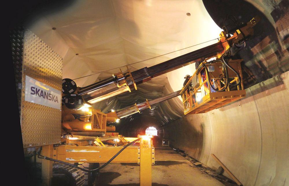 Ved å benytte seg av hvit membran oppdager arbeiderne raskere skader ved montering, enn når membranen er mørk.