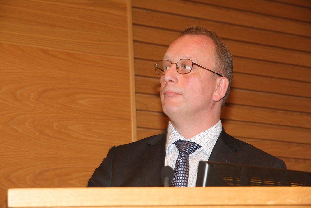 Utfordrer: Tidligere statssekretær, Per Rune Henriksen har stilt Tord Lien spørsmål omkring elektrifiseringen av Edvard Grieg-plattformen. Foto: Arkiv