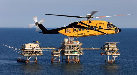 I november gjennomførte dette S-92A-helikopteret fra PHI den første automatiske plattforminnflygingen (rig approach) i Mexicogulfen.