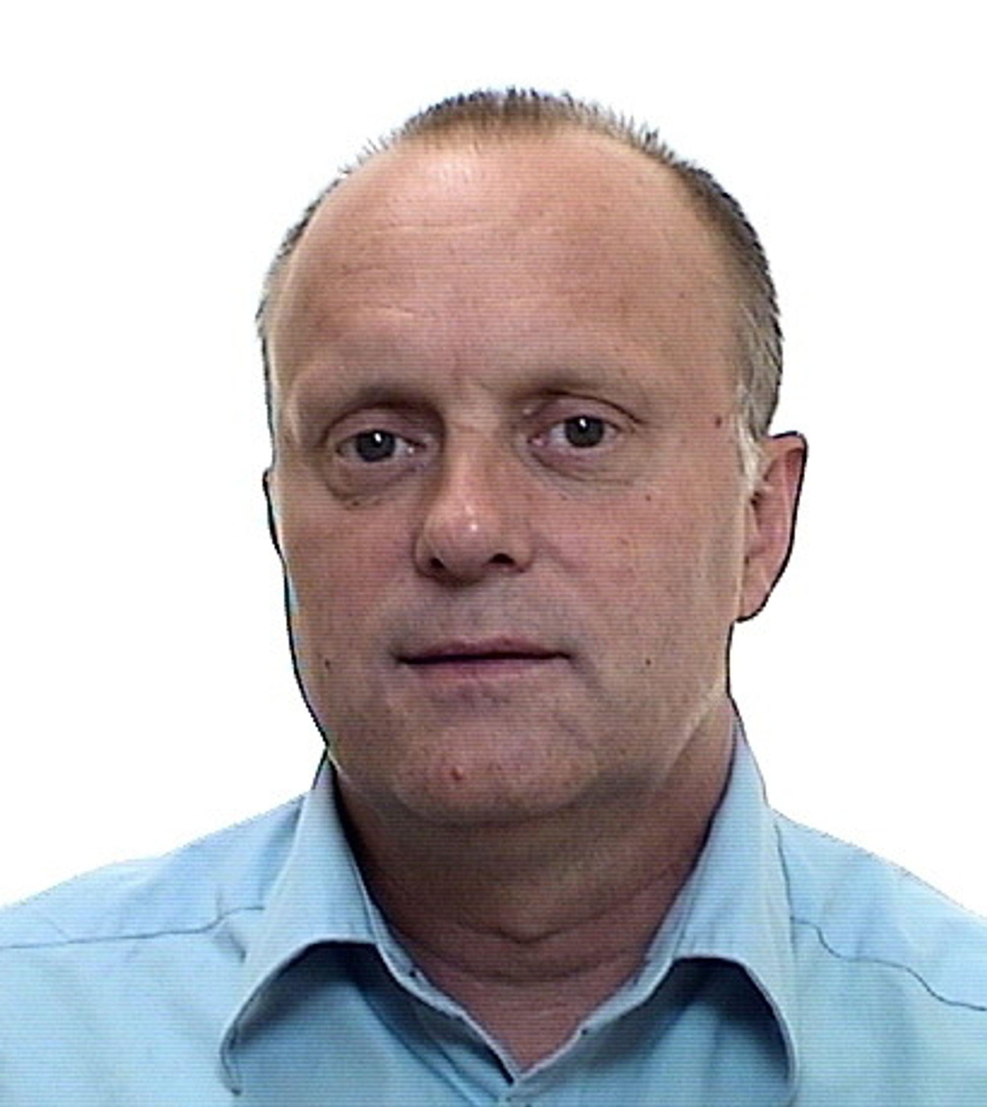 Seniorforsker Trond Bøhlerengen mener myndighetene bør få tatt stikkprøver av rundt ett hundre tak og andre lette trekonstruksjoner.