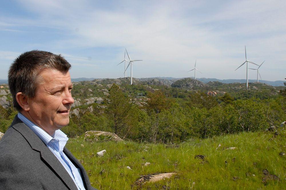 Daglig leder Lars Helge Helvig i Norsk Vind Energi har til forskjell fra Statkraft ingen problemer med at detaljerte produksjonsdata fra vindparkene offentliggjøres. (Foto: Øyvind Lie)