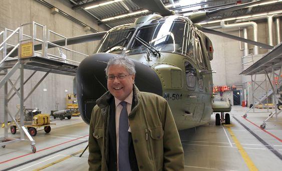 Steve Powell er Nord-Europa-direktør i Agusta Westland. Selskapet tilbyr Norge helikopteret AW101.