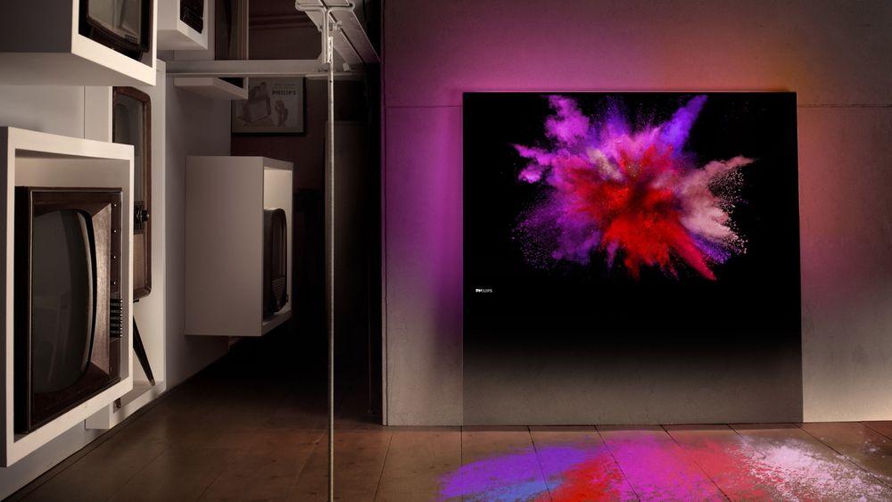 Philips' Designline er nytenkende design-tv-er med en glassplate som sokkel.