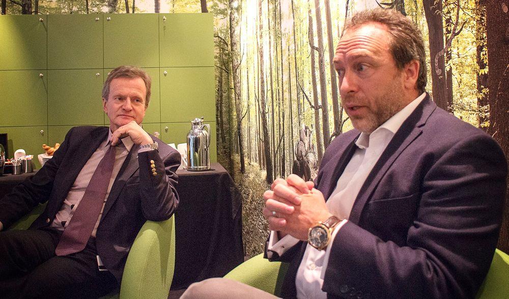 Informasjonspartnere: Telenorsjef Jon Fredrik Baksaas og Wikipediagründer Jimmy Wales har funnet tonen. Sammen skal de tilby gratis innhold og datatrafikk i mange av landene Telenor har nett.