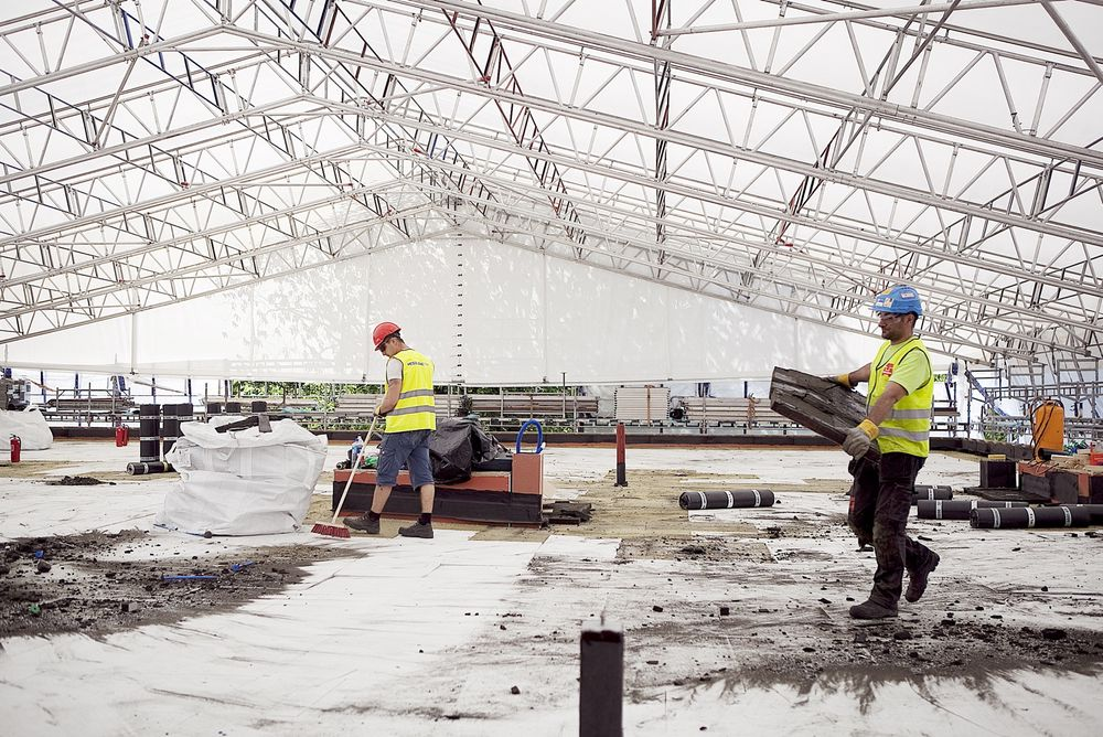 Til tross for en nedgang på byggsiden, er det en samlet vekst på 7,6 prosent i bygg- og anleggsektoren sammenliknet med på samme tid i fjor.