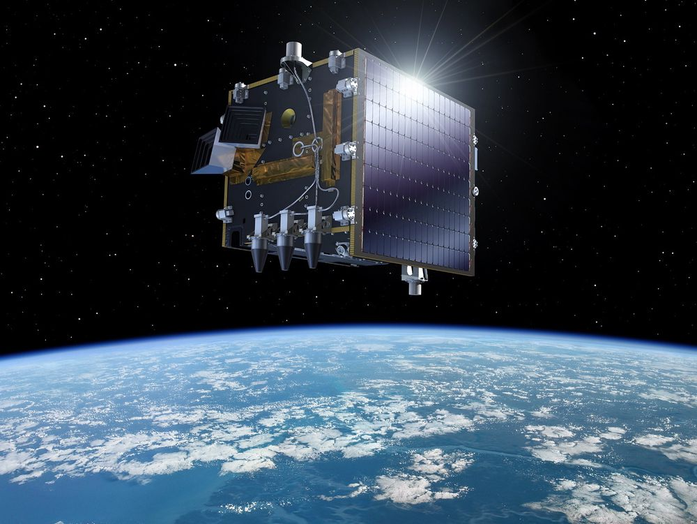 Denne satellitten er både operasjonell og eksperimentell. V-en i Proba-V står for vegetasjon, og hovedmålet er å sikre kontinuitet for europeiske vegetasjonsdata. Satellitten har blant annet med seg en norsk eksperimentell nyttelast om bord.