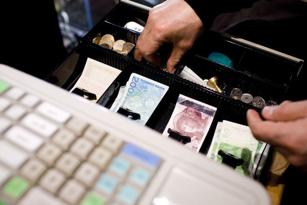 KRAV: Planlagte systemkrav til kasseapparater i landets butikker er så omfattende at det kan kreve en total utskifting for 500 millioner kroner eller mer. Foto: Scanpix