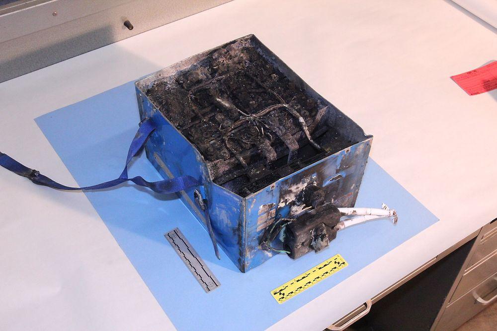 Her er det oppbrente APU-litiumionebatteriet fra JALs B787.