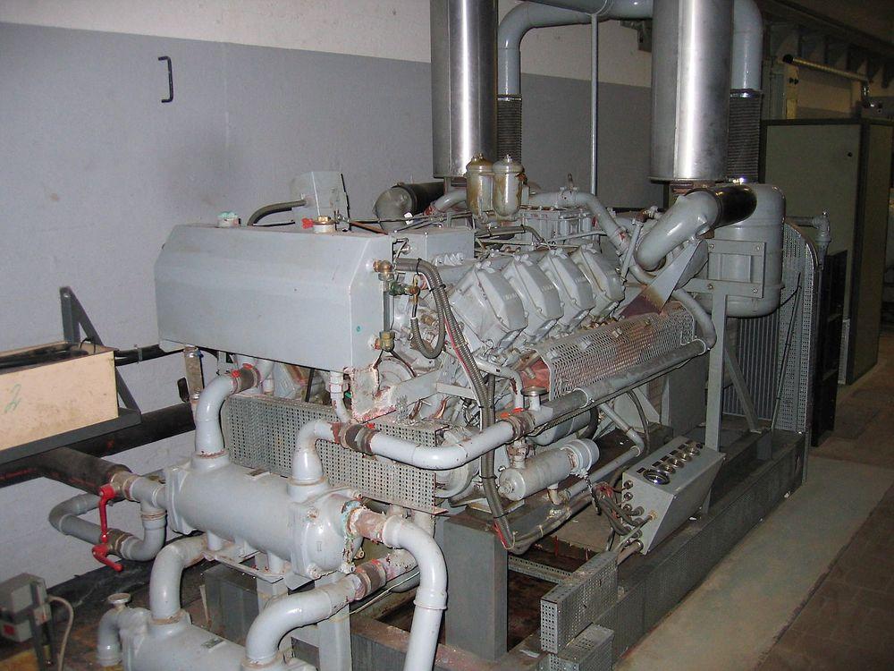Statnetts reservedriftssentral får nødstrøm fra fire mer enn 40 år gamle generatorer. De er neppe like gamle som disse nødgeneratorene på Stevnsfortet i Danmark, som er bygget på begynnelsen av 1950-tallet. (Illustrasjonsfoto: Fortress-scandinavia.dk)