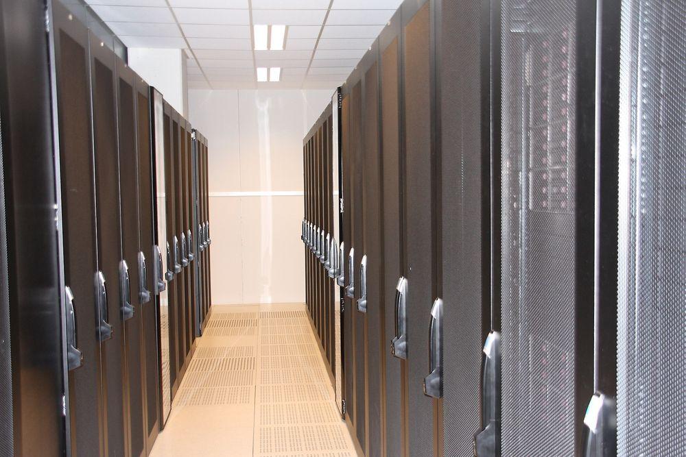 HER: Feilen som førte flere brukere til feil konto lå i en server her i Altinns datasenter hos Basefarm.