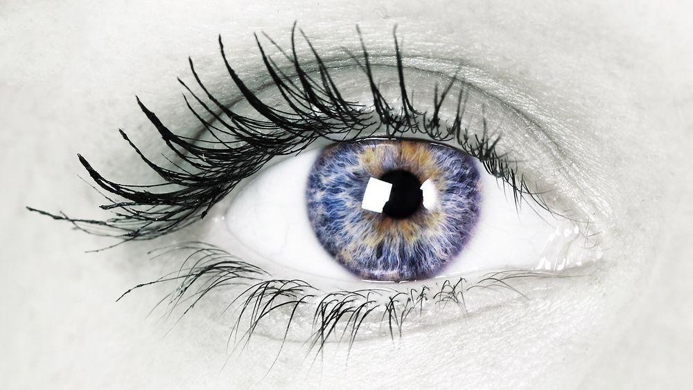 Graféntransistorer vil egne seg bedre for eksempel til øyeimplantater, ifølge forskere. De tåler kroppen og kroppen tåler dem.