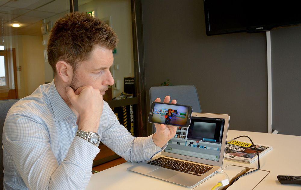 Se så enkelt: Etter litt rask redigering på Macen kunne Erik Ræstad i WeVideo hente opp telefonen og spille av det ferdige resultatet.