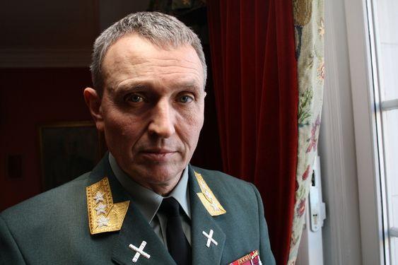 Sjef for etterretningstjenesten, generalløytnant Kjell Grandhagen