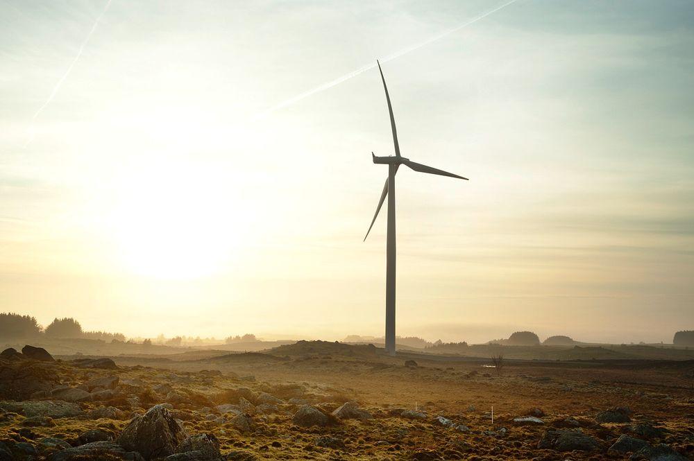 PRODUKTIV: Denne turbinen produserte sannsynligvis flest kWh i hele Norge i fjor. Av naturlige årsaker kunne den ikke være tilstede under Norweas prisutdeling. Foto: Frank Bruederli, EWZ.
