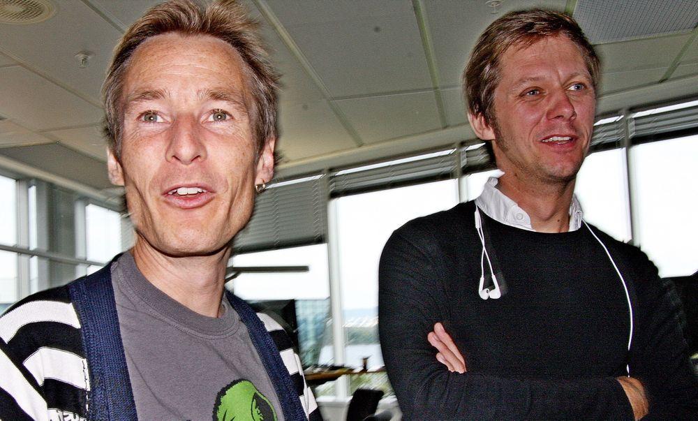 SIKRER: Daglig leder Sven Thaulow (t.h.) og produktdirektør Grim H. Iversen hos Comoyo jobber for ikke å miste utviklere under omorganiseringen.