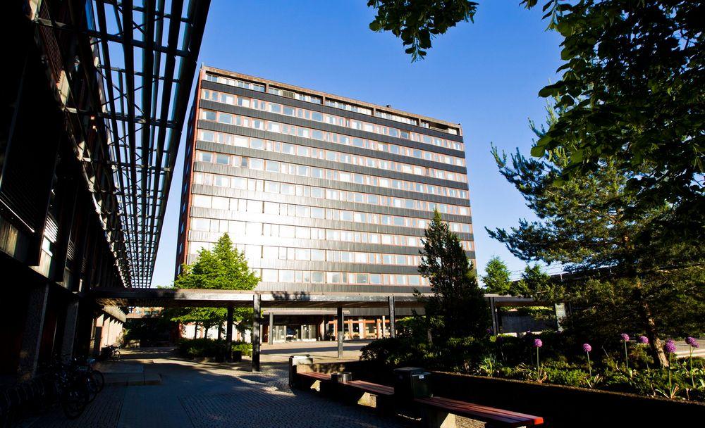 Niels Henrik Abels hus huser Det matematiske institutt på Universitet i Oslo. UiO klatrer på rankingen over verdens beste universiteter.