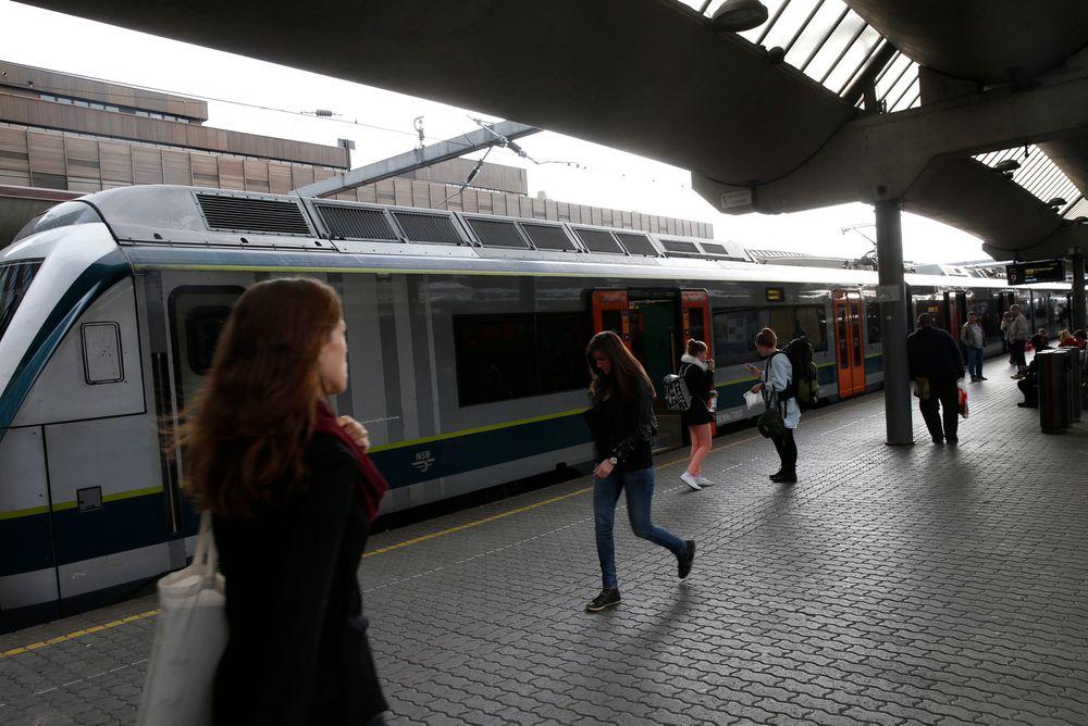 GSM-R-nettet var nede og alle tog sto i hele Norge tirsdag formiddag. Her fra Oslo sentralstasjon.