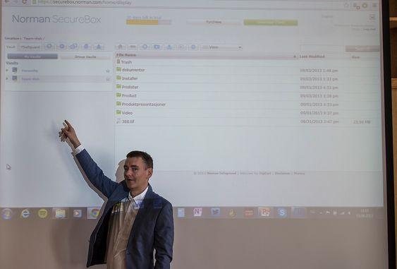 Sikker nok: Arne Uppheim i Norman Safeground mener bedrifter er ille ute med alle de usikre måtene de ansatte lagrer data på. Det vil det norske sikkerhetselskapet endre på. Og gjerne i de 182 landene produktene deres selges i.