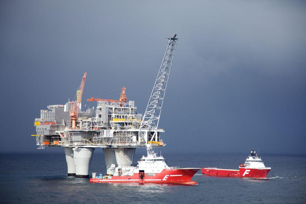 Symbolverdi: Et av kriteriene som OED ble bedt om å vurdere, var hvilke installasjoner som  har stor symbolverdi. Den 472 meter høye Troll A-plattformen har det – i alle fall for ingeniører.  Foto: Statoil.