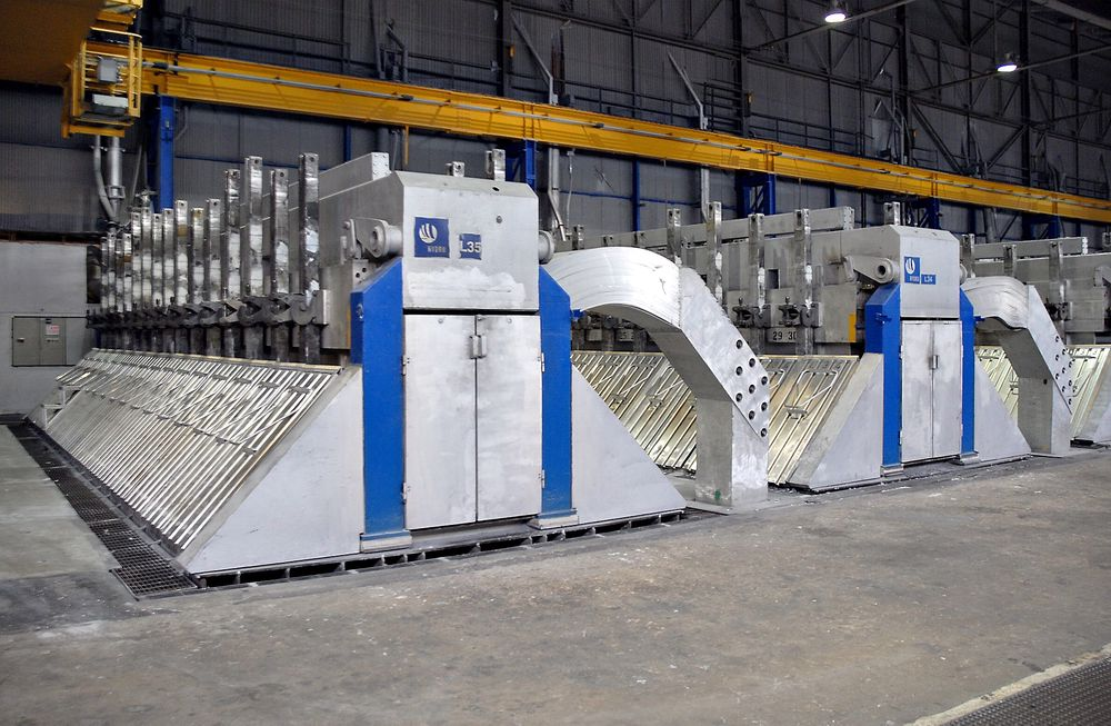 Utfordrende: Aluminiumsprodusenten Hydros planer om å bygge pilotanlegg på Karmøy er ett av prosjektene som kan utfordre Enovas økonomiske rammer. Anlegget skal koste 3,5 milliarder kroner, og Hydro søker Enova om støtte til 1,8 milliarder kroner.   Foto: Øyvind lie