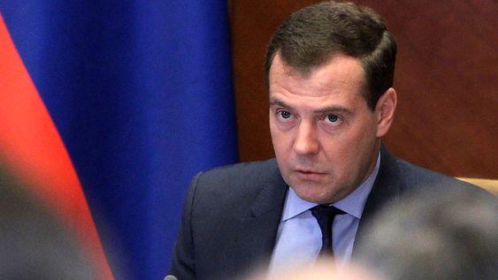 Russlands statsminister Dmitrij Medvedev er vert for et toppmøte om miljøproblemene i Østersjøen i St. Petersburg fredag og lørdag. Russland kommer dårligst ut på en rangering av østersjølandenes innsats for å verne livet i det sterkt forurensede havområdet.