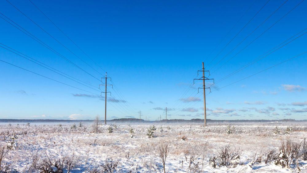 Det tørre og kalde været har gitt dårlig tilsig til kraftmagasinene. Det bekymrer Statnett.
