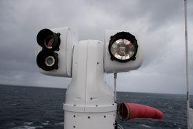 Aptomar i Trondheim har utviklet sensorer og kamera som kan brueks på autonome skip. Det er allerede i bruk til balnt annet søk- g redning og kan oppdage oljesøl.