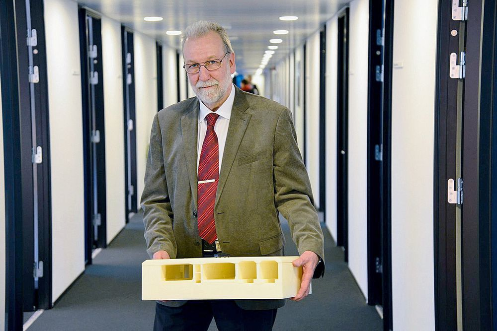 Dansk: – Ingeniørene tenker ofte altfor snevert, sier en av Danmarks mest kjente sivilingeniører, Steen Lykke.   Alle foto: Fredrik Drevon