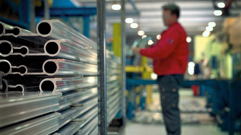 Industrien er på jakt etter sterkere og billigere aluminiumslegeringer.