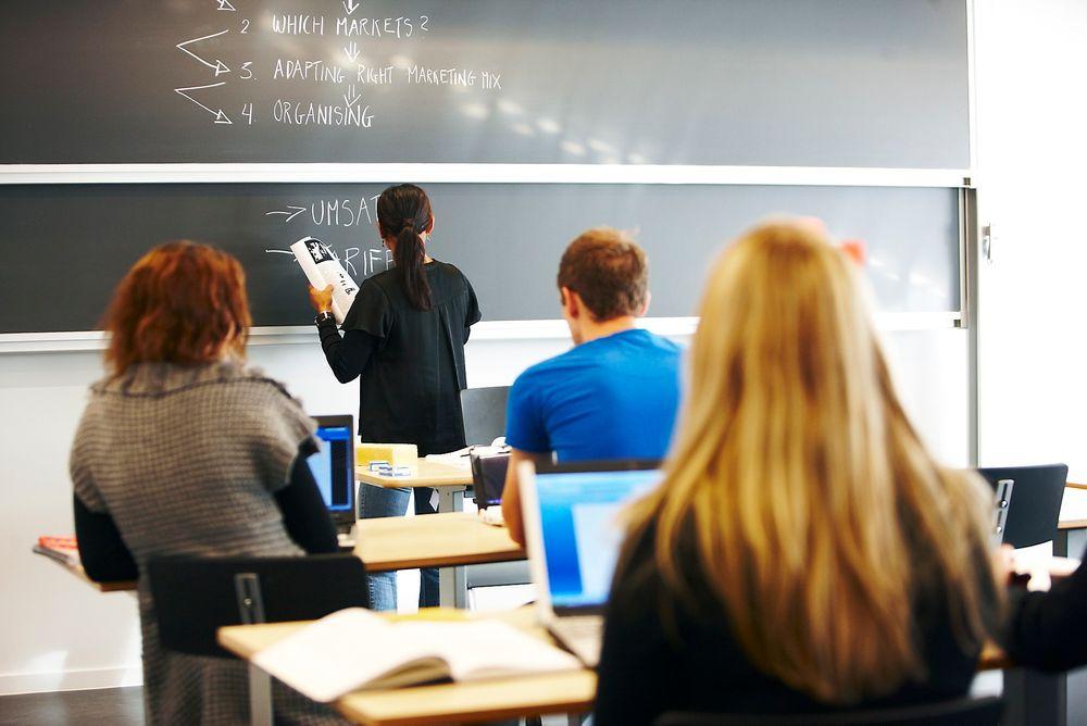 Stort frafall:  Fra 1998 til 2007 droppet 20 prosent av elevene ut av Energi- og miljøstudiet. Nå er frafallet mer enn halvert.  foto: colourbox