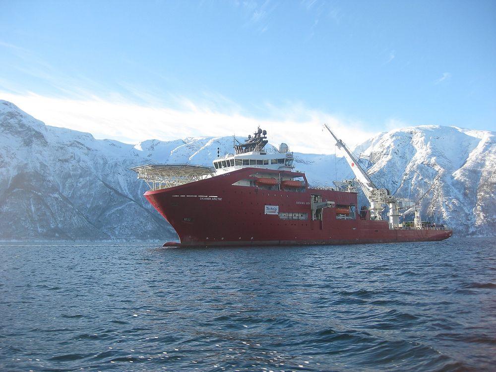 Dykkerhendelsen skjedde på Skandi Arctic i nærheten av Alvheim-feltet. Tre personer kunne ha mistet livet.