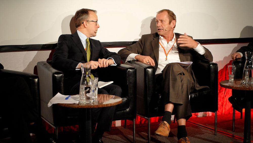 Norfund-sjef Kjell Roland (t.h.) og Energi Norges administrerende direktør Oluf Ulseth var rykende uenige om elsertifikater på Norges energidager i Oslo i går.