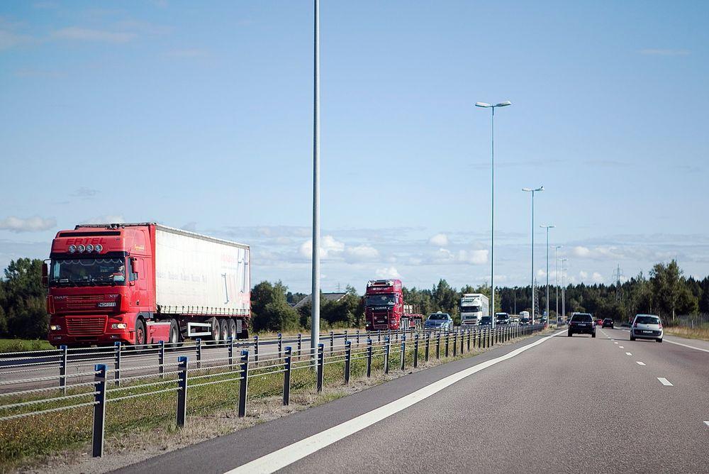 NHO logistikk og transport ber den borgerlige regjeringen åpne opp for avgiftslette og insitamenter på miljøvennlig drivstoff til tungtrafikknæringen.