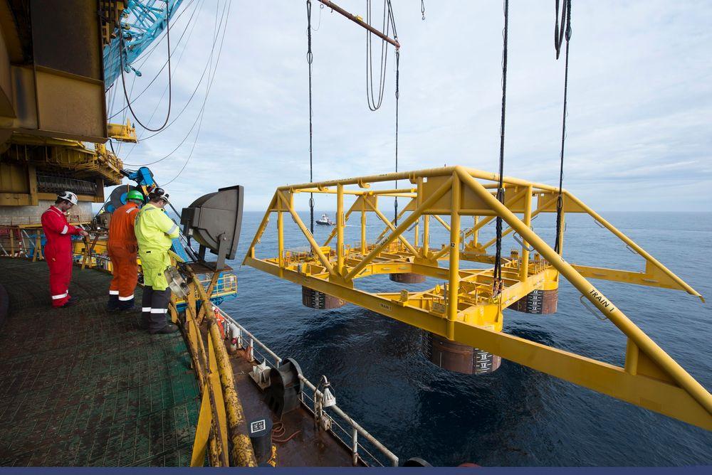 Ingeniører: Statoil og flere av selskapets leverandører er involvert i verdens mest avanserte subsea-prosjekt, Åsgard undervanns gasskompresjon. Det krever mange ingeniørtimer.