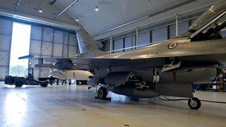 Her er det nye Kongsberg-missilet for første gang montert på et norsk kampfly