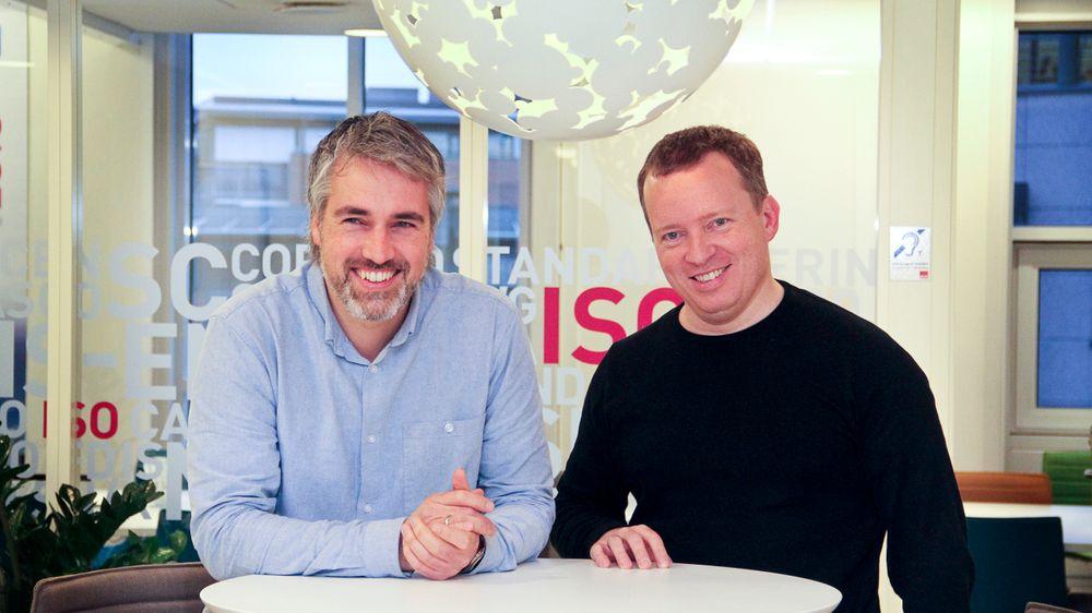 Håvard Bell, til venstre, og Steen Sunesen er overbevist om at den nye infrastrukturen Catenda har utviklet vil sette fart i bruken av BIM.