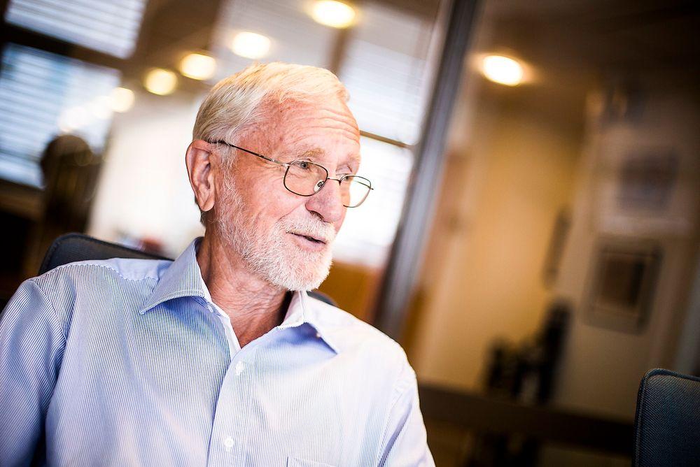 Reagerer: Tidligere rådgiver i Industri Energi og informasjonssjef i Statoil, Hogne Hognset, reagerer på at en erfaren oljeveteran har fått sparken på grunn av formaliteter.