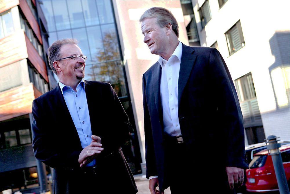 TRENGER FOLK: Administrerende direktør Torkild Reinertsen (t.h.) og ny direktør for Reinertsen Subsea Martin Sørensen håper de klarer å tiltrekke seg ingeniører som ønsker å være med på selskapets satsing på subseamarkedet.