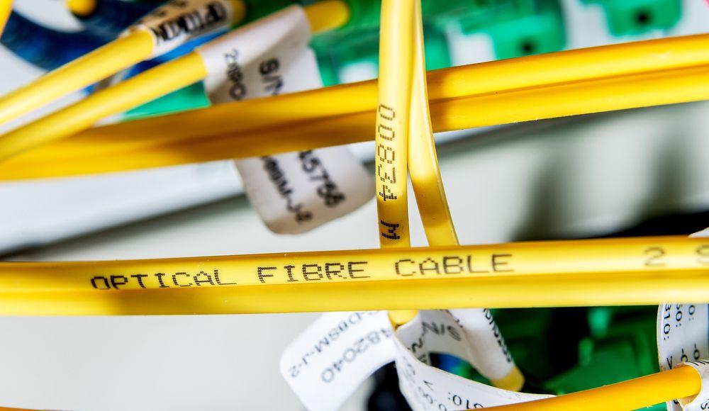 Kapasiteten i fiber nærmer seg bristepunktet med den kraftige veksten vi ser i dataoverføring.