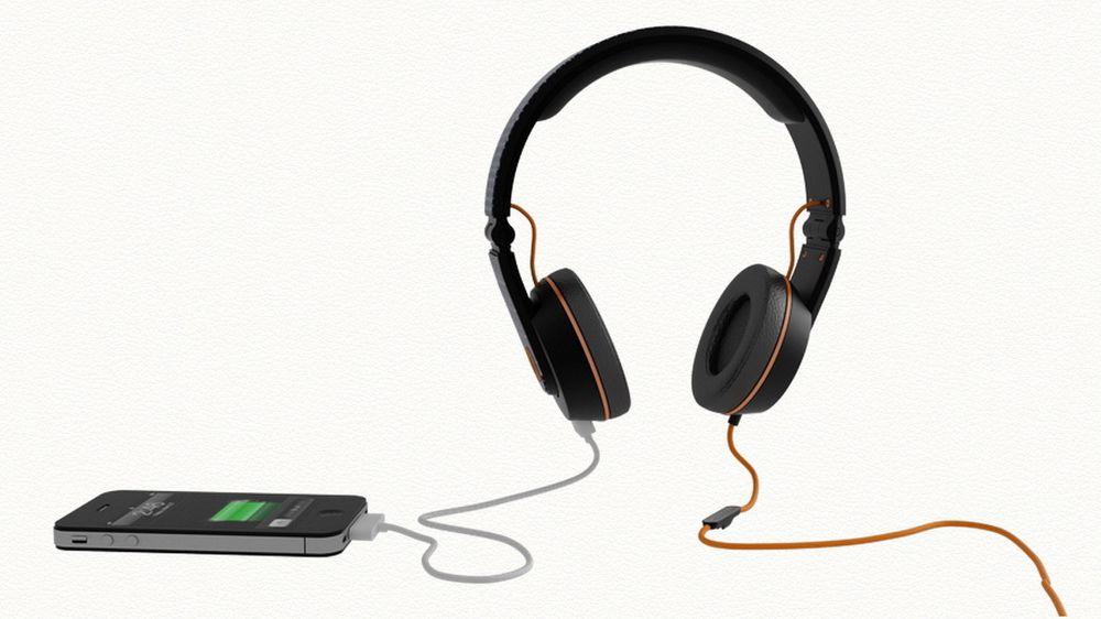 Onbeat Solar Headphones lar deg høre på musikk mens du lader mobilen din.