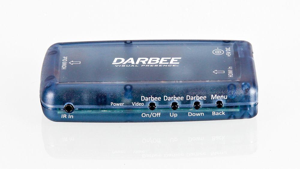 Darbee Darblet er en bitteliten boks som gjør gode ting for projektor- eller tv-bildet.