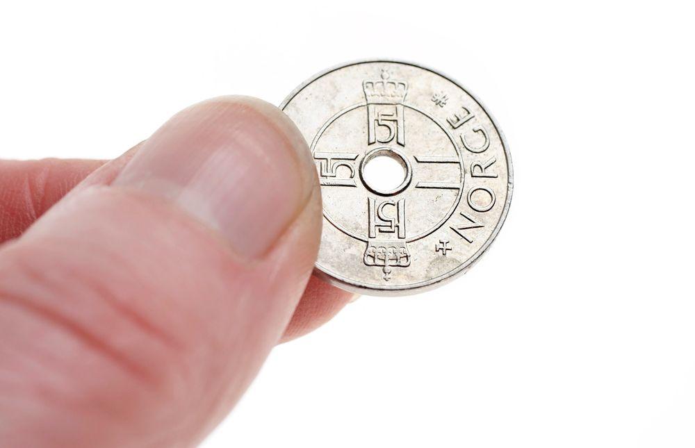 STERK VALUTA: Det er ti år siden sist norske kroner var så sterke mot euro.