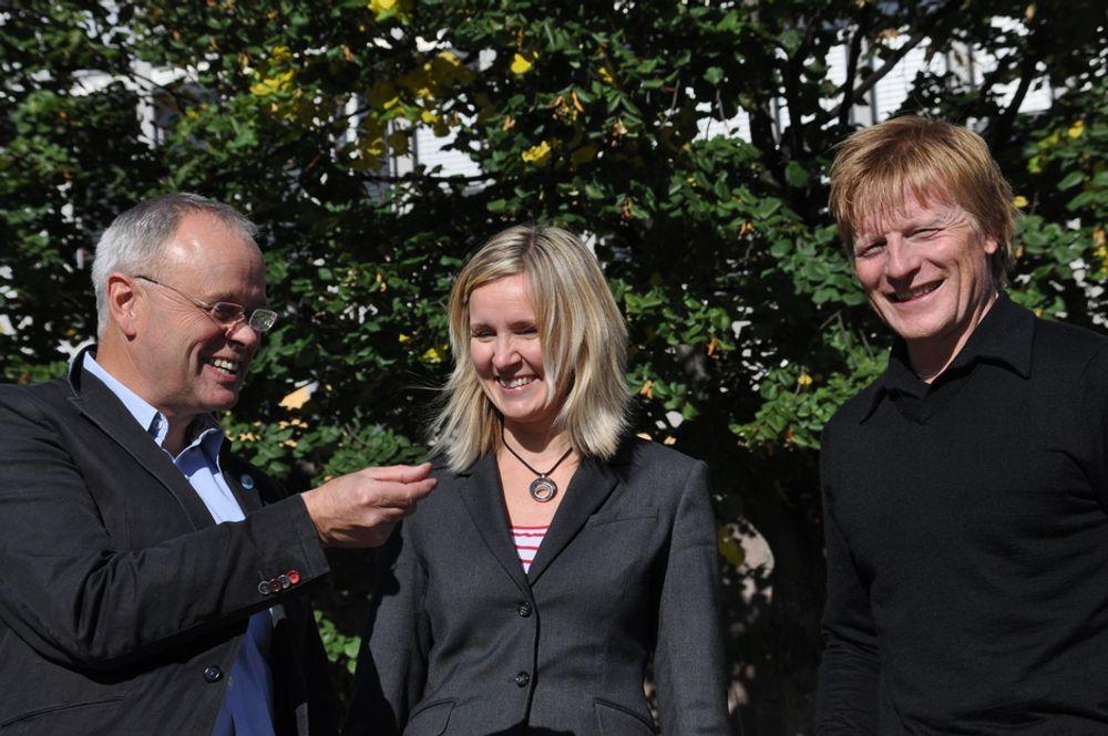 GRØNT RÅD: Sverre Tiltnes (t.v.) promoterer BREEAM i Norge med kurslederne Kjersti Folvik og Anders Nohre-Walldén.
