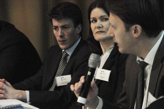 DISKUTERTE FINANSIERING AV METROPROSJEKTER: Johan Mouraux fra DLA Piper Belgia; Sissel Husøy fra Deloitte, og Andreas Parzych fra John Lang.