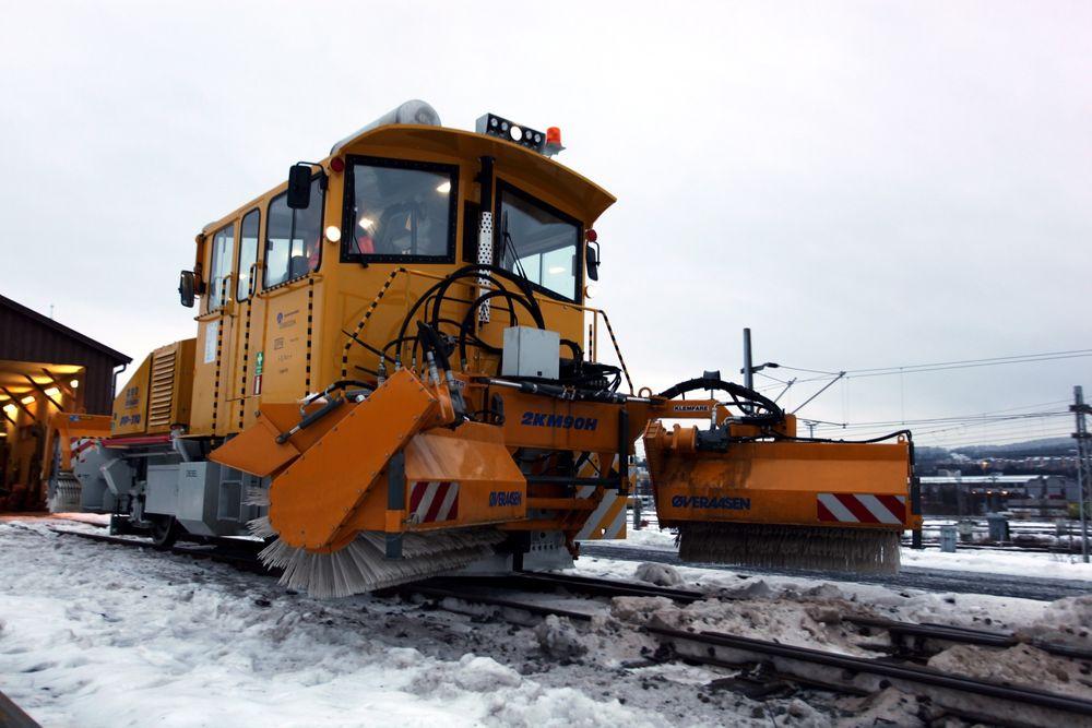 Jernbaneverkets nye TM3 snøryddemaskin.