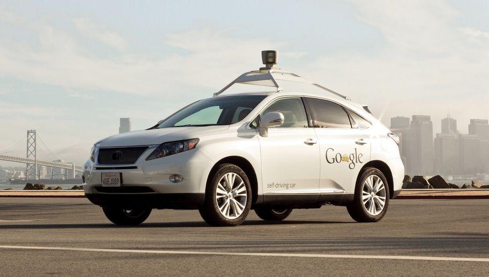 Googles førerløse biler har vært involvert i flere ulykker, men ifølge selskapet er det andre kjøretøyer som har forårsaken ulykkene.