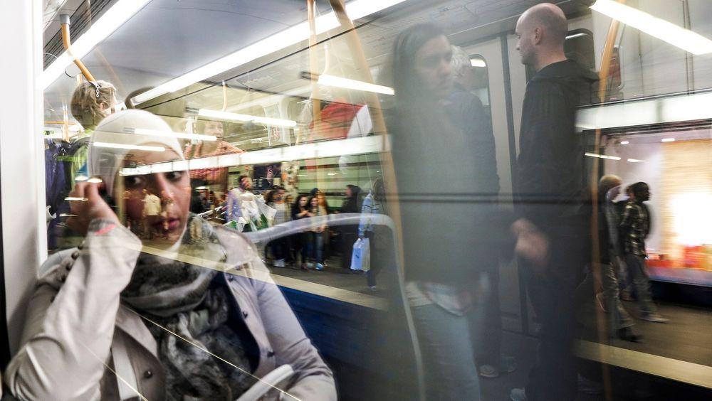 2G blir 3G: Det dårlige nettet i t-banetunnelene skal endelig forbedres. Neste år håper KTP at utbyggingen av 3G skal være klar.  foto: Håkon Jacobsen