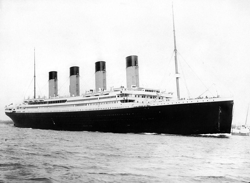 LIKE FØR: Titanic ble bygget i Belfast. Jomfruturen gikk fra Southampton og skulle endt opp i New York. Så langt kom det ikke. 15. april 2012 sank skipet. 1.500 omkom.